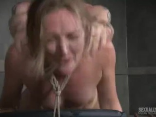 Amateur video of new neighbor giving blowjob