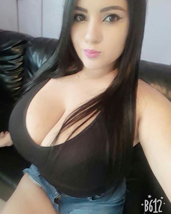 very big boobs pictures